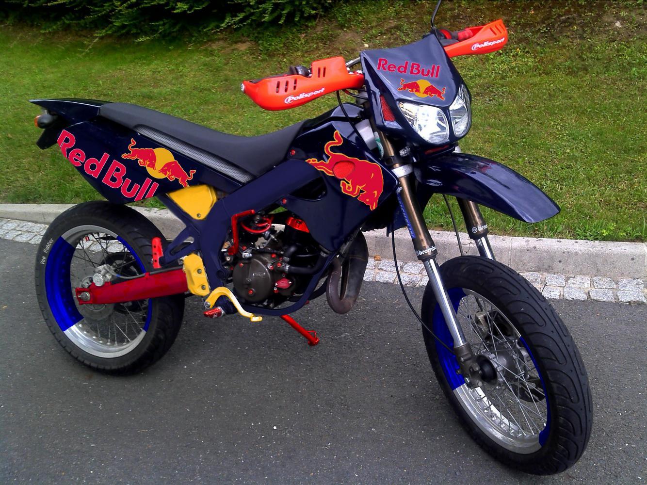 Red Bull Fakes 2stroke Tuning