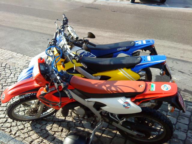 Malaguti vs. Yamaha 80ccm.. =P