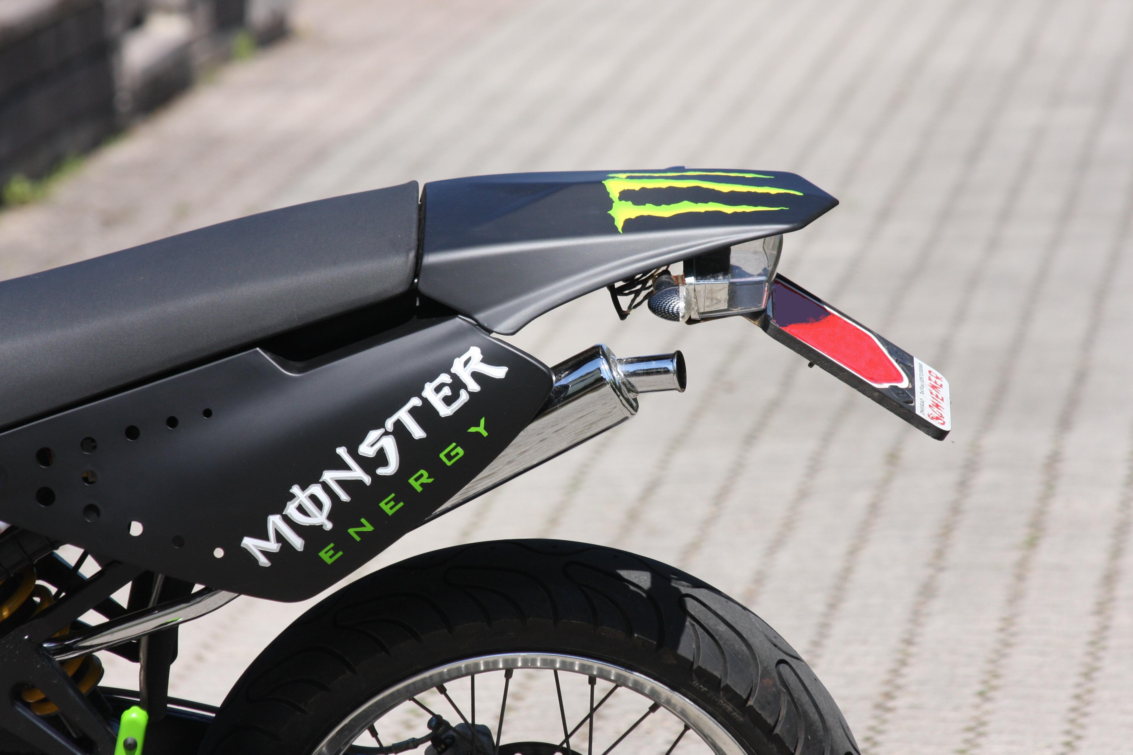 Derbi X Race 2009 Monster Energy Airbrush Supermoto